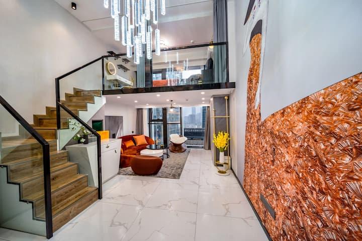 【维亚-法罗】loft公寓、轻奢双床江景房、落地窗可看烟花、楼下是太平街文和友、近五一广场国金地铁口