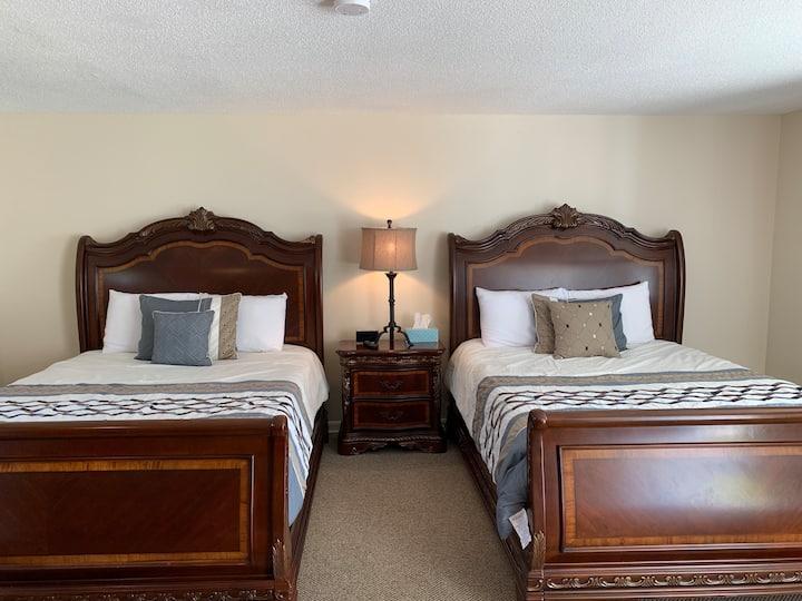 NEW! Shore Road Inn Room 7 -Non-Pet Room