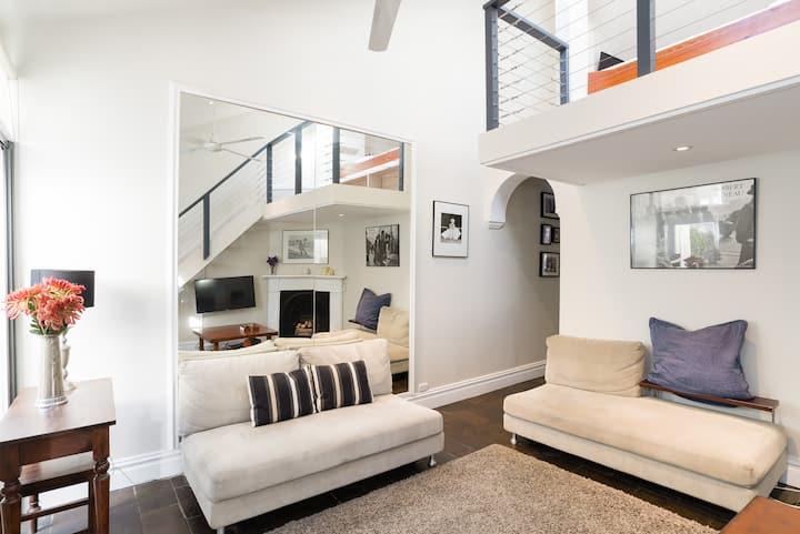 Gorgeous Family Home w/WiFi and Spacious Courtyard