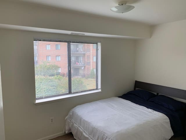 Comfortable spacious room, clean modern apartment