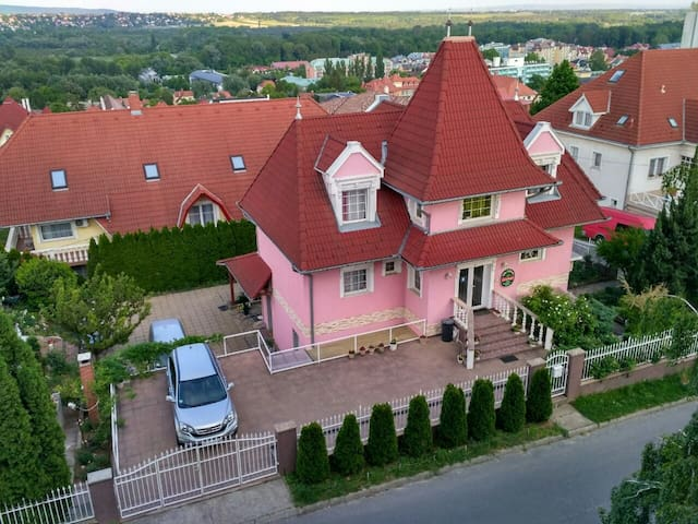 Valloris apartments