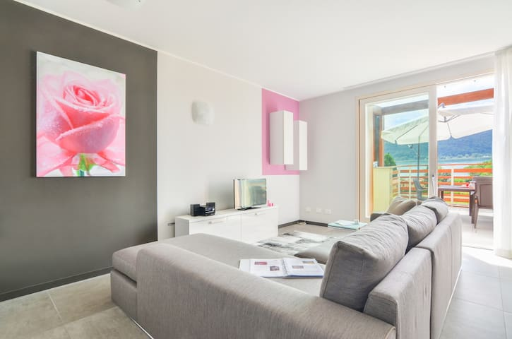 Dolcevita - Bright apt. with two bedrooms, Sarnico