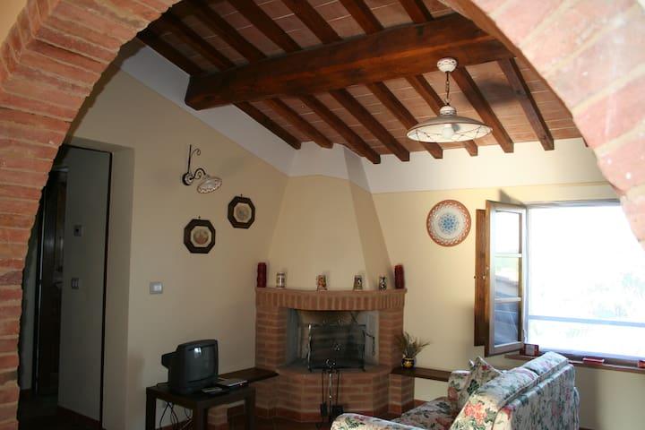 Casa Le Rondini a Monteroni d'Arbia