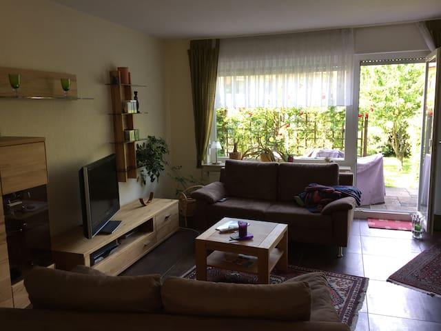 Kleines Reihenhaus in Marburg - Marburg - Huis