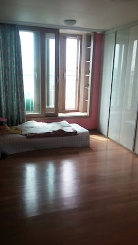 New apartment and near sungkwunkwan - 수원시 - Apartament