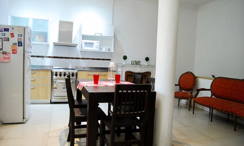 Single room with private Balcony - PAlERMO SOHO