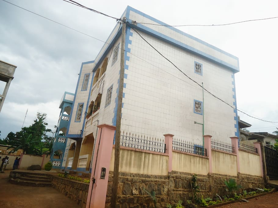 Appartement meubl apartments for rent in yaounde for Appartement meuble a yaounde cameroun