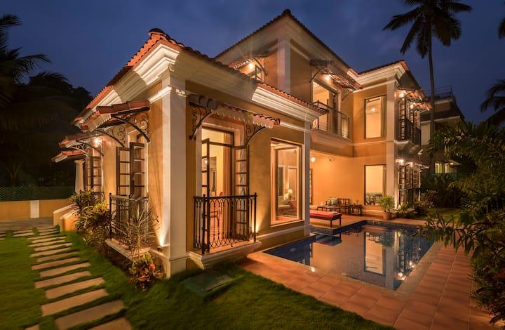 4BHK Portuguese Villa With a Caretaker in Baga