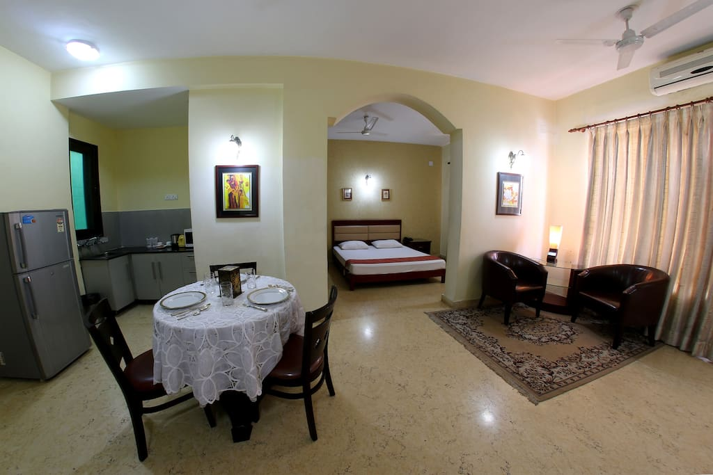 A comfortable serviced suite apartment