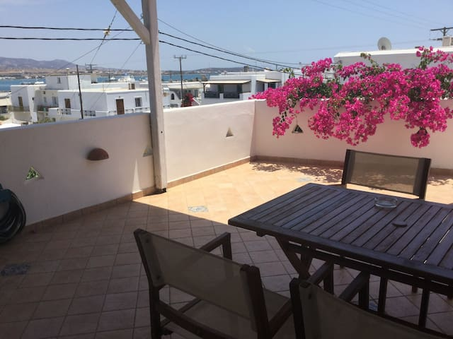 Bougainvillea with a View - Katerina - Antiparos