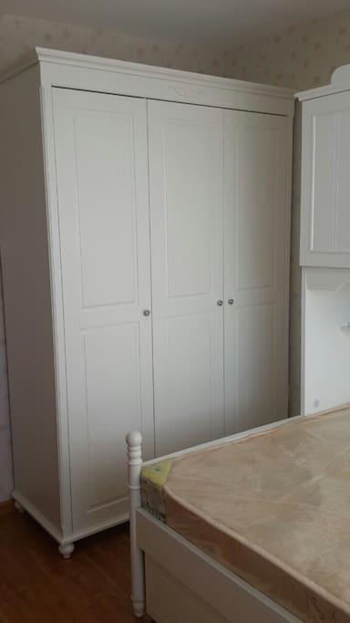 Closet in the bedroom