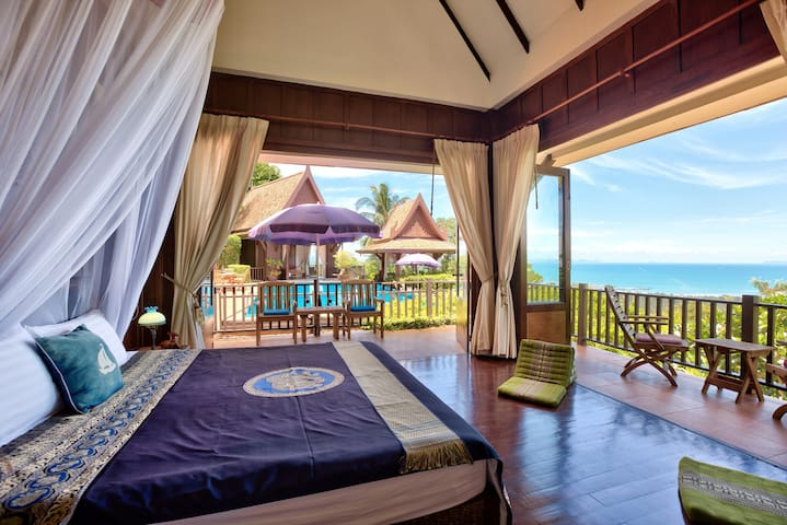 Villa Thai Teak - 2 Beds, Sleeps 4 Amazing Sunsets