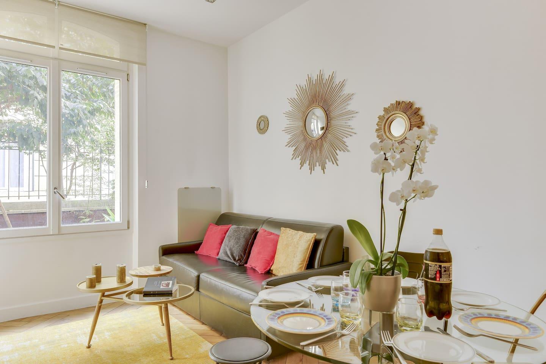 LIVING ROOM - DINING ROOM - GARDEN VIEW