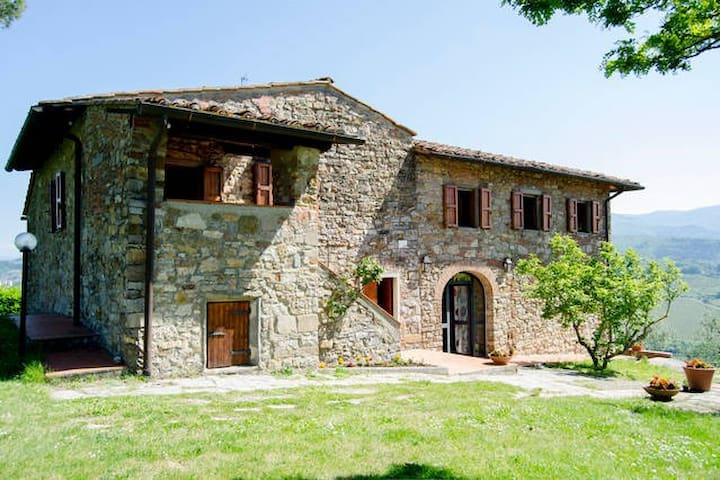 Countryhouse (12+4 people), pool, wifi, loundry - Rignano sull'Arno - Huis