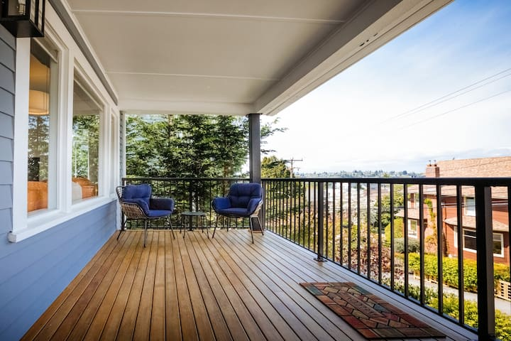 4BR Home in Seattle near Greenbelt