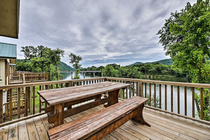 NEW-Waterfront White River Cabin w/Resort Pool!