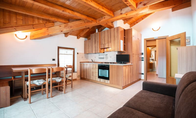 Casa Lucia 100 meters from Lake Ledro