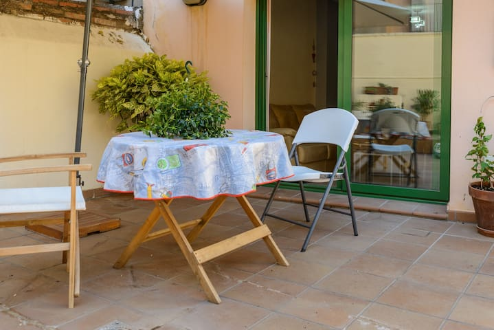 PIS AMB TERRASSA/FLAT WITH TERRACE FIGUERES CENTRE