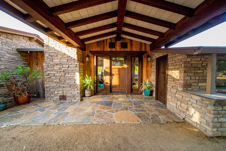 Modern Cottages with Rustic Vibe in Murrieta