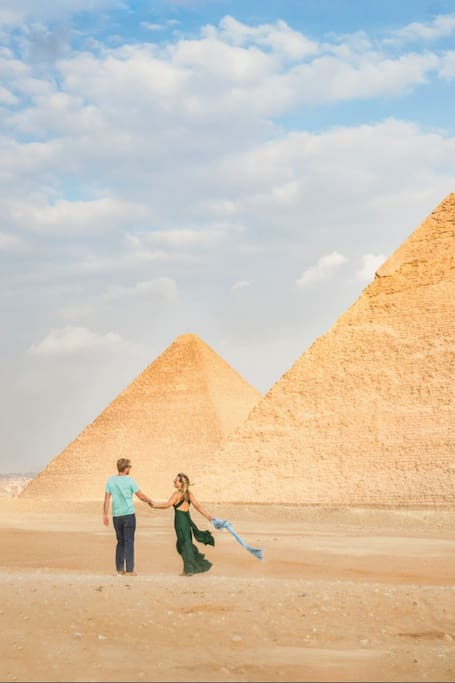 Full Day Pyramids of Giza & Sphinx & the