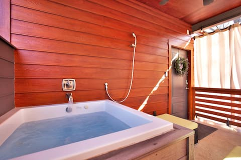 Primrose Bungalow:  Outdoor tub, pet friendly