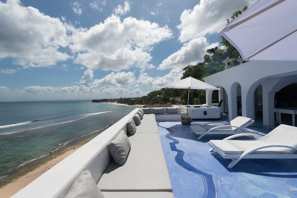 Morabito Art Cliff Bingin Santorini terrace ocean view