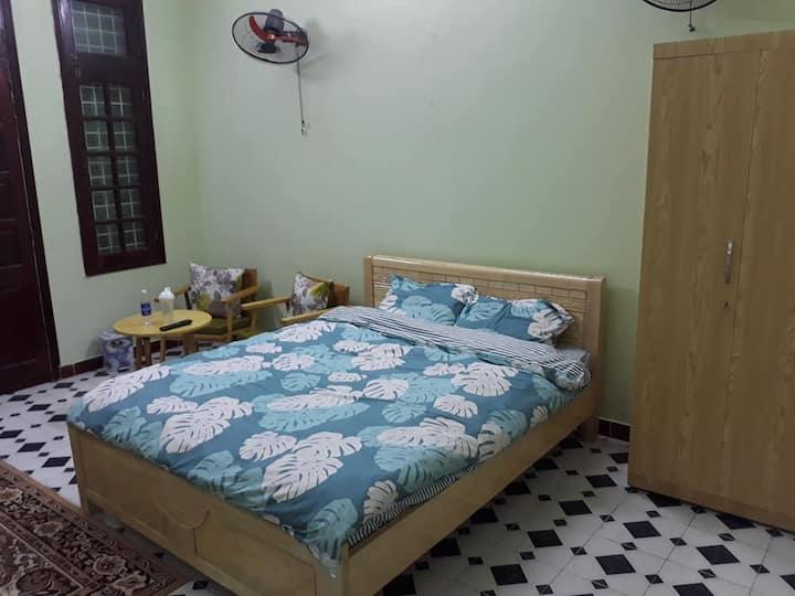 RedRiver three rooms-5 minutes to Oldquarter Hanoi