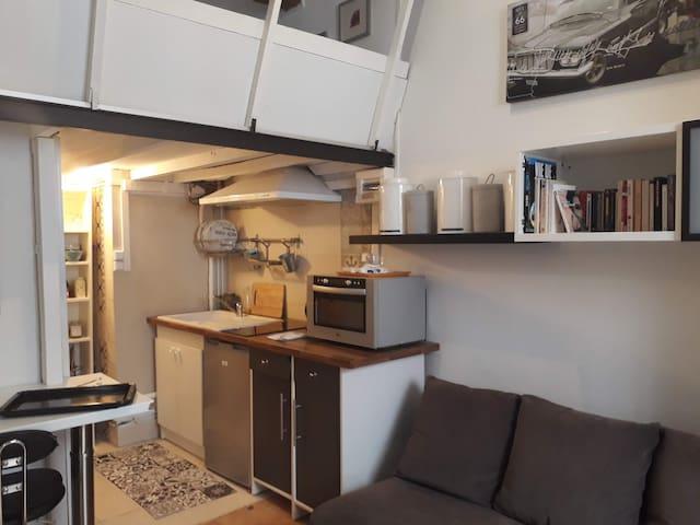 studio meublé au pied du Peyrou