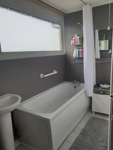 A new full sized bath to relax in