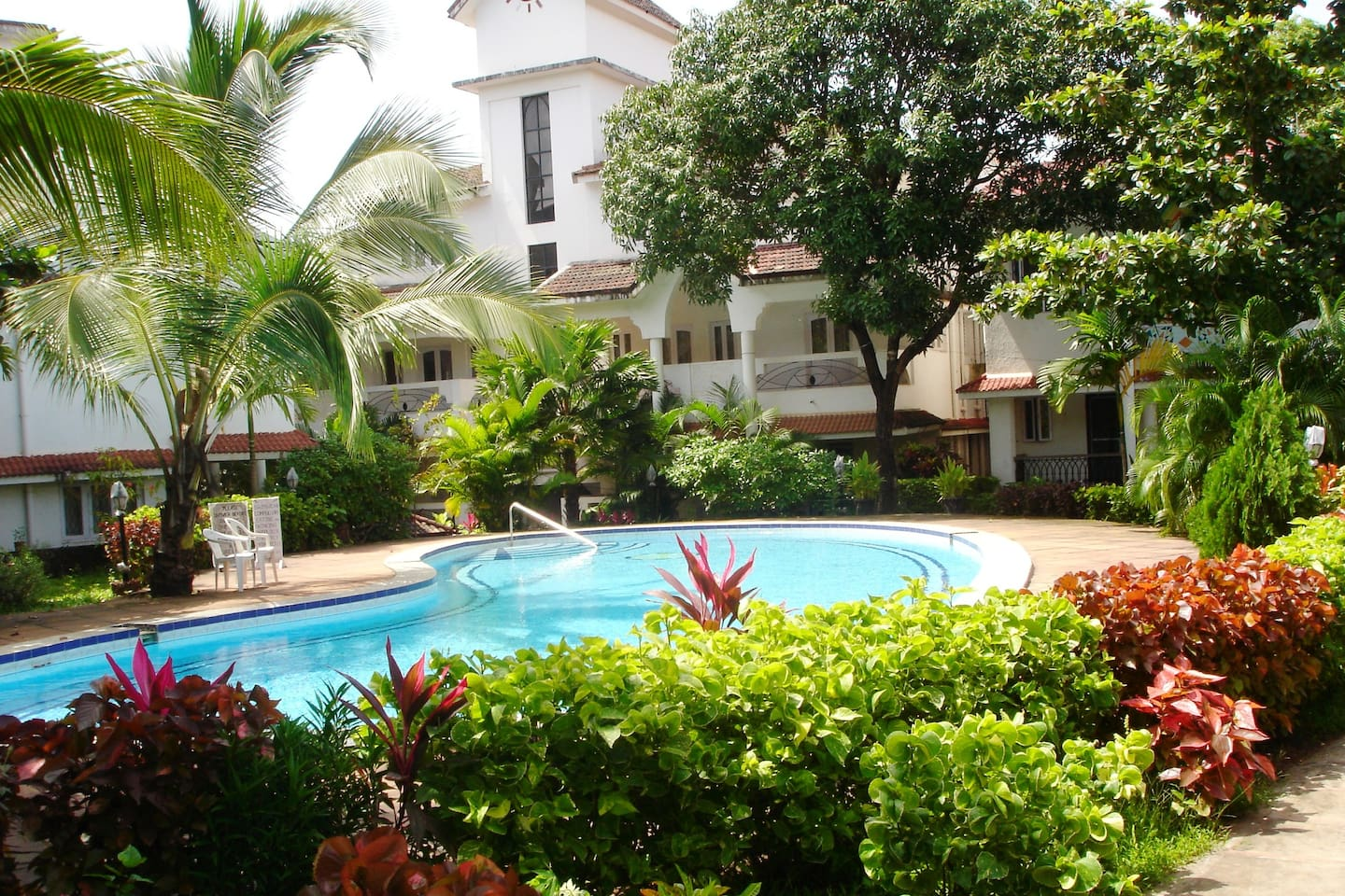 Beautiful 1 bedroom apt. in a gated complex