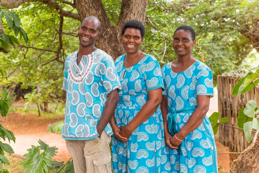 Reuben, Saneliso (Sonny), Plaxedes (Plax) will give you a warm and friendly welcome and take care of you during your stay.  Sonny and Plax are fabulous cooks!