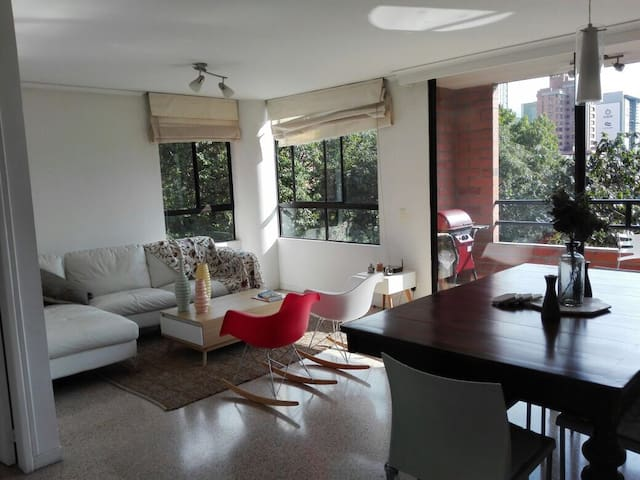 Great & Cozy apt in El Poblado! - Medellin
