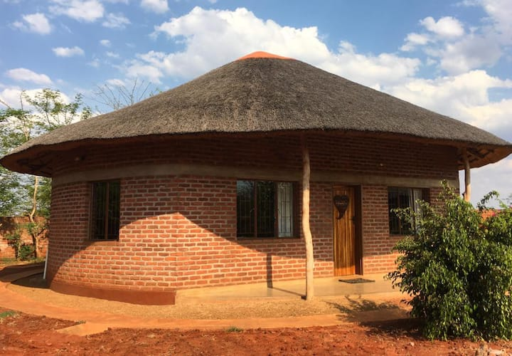 Beautiful One Bedroom Thatched Houses