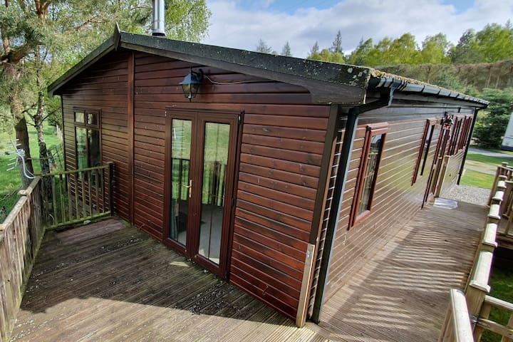Wild Cat Lodge in Boat of Garten, nr Aviemore