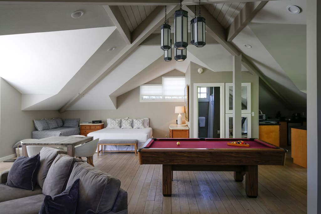 Large space - shows depth and vaulted ceilings.