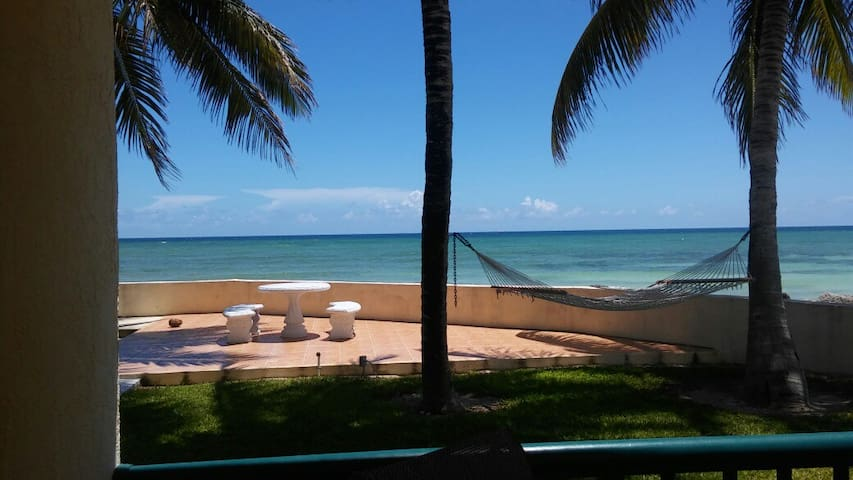 3 BR Oceanfront Condo with Magnificent Views!!