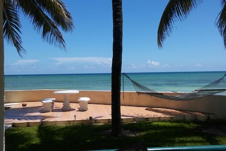 Beautiful 3 BR Oceanfront Condo-Magnificent Views!