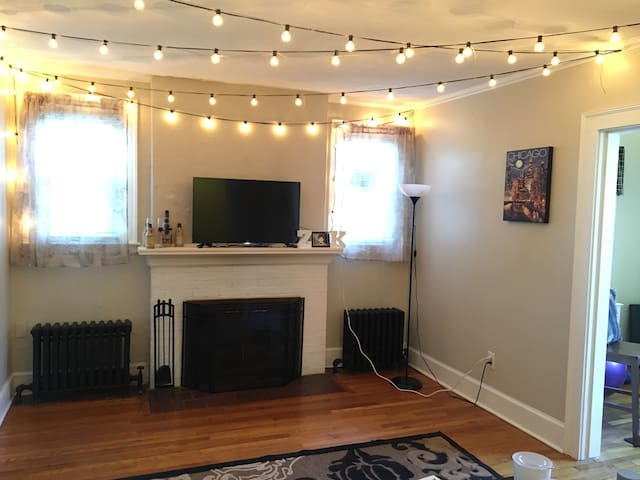 1Br home in WeHa - West Hartford - Apartamento