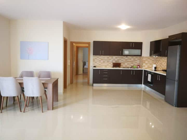 [Bonni] - Μodern apartment,close to Pireaus port!