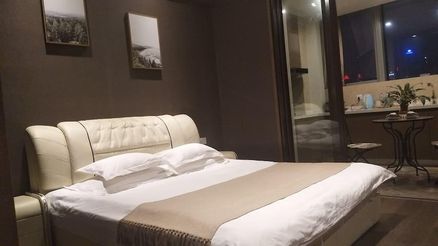 临近奥体元通雨润大街博览中心高级酒店公寓