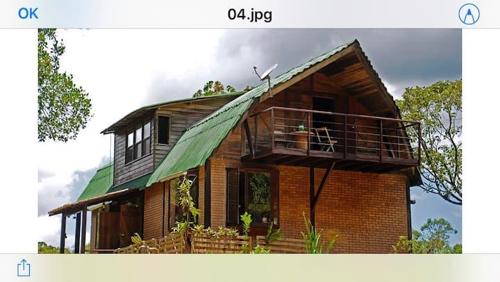 Casa Lalovic- Vale da Santa Clara Maringá MG