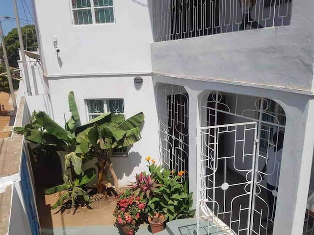 (NEW) Ambient 4 Bedroom House (Kanifing, Gambia)