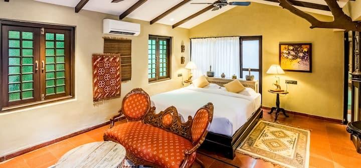Premium room for Royal vacation in Mahabaleshwar