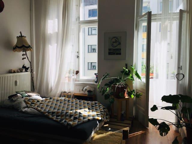 Helles Zimmer in Friedrichshain