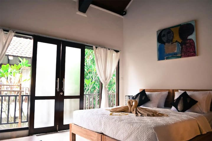 B&B Holiday Studio Apartments in Ubud