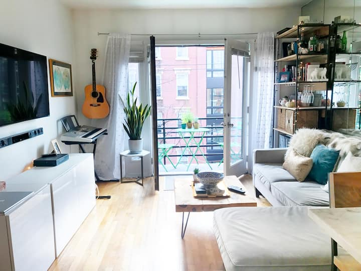 Charming Downtown Hoboken APT close to NYC