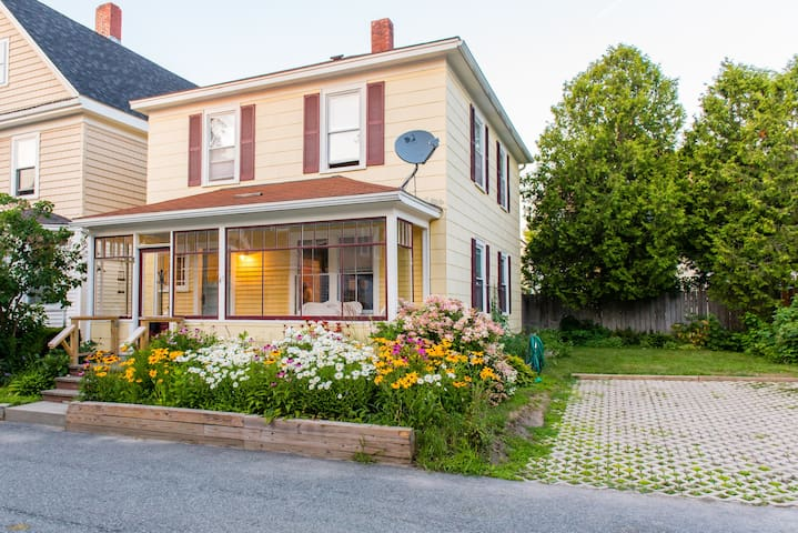 Freshly renovated classic home downtown Bar Harbor