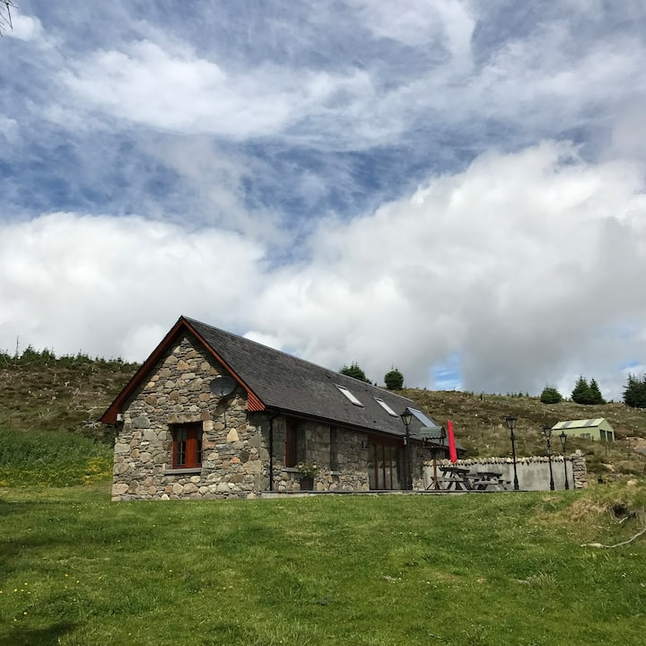 A Peaceful and Secluded Cottage | Tomatin
