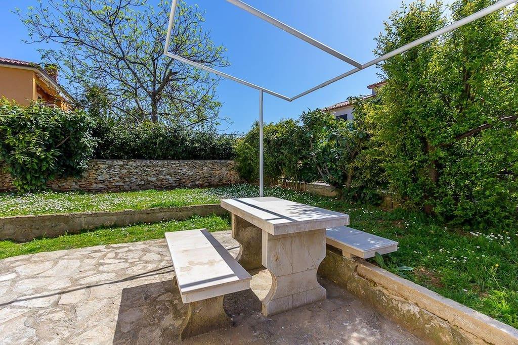 Garden Sitting area Courtyard