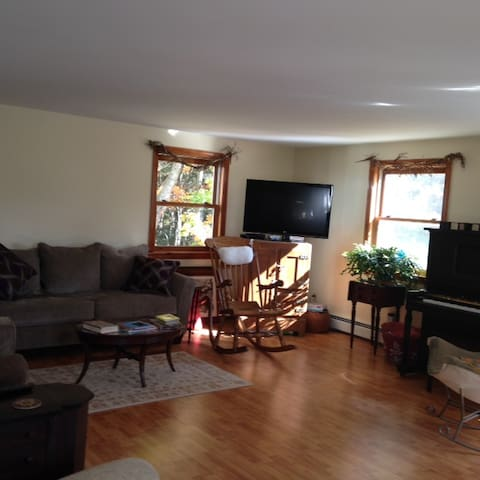 Beautiful, Sunday River area home - Hanover - Appartement